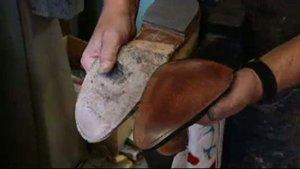 incollare suola scarpe